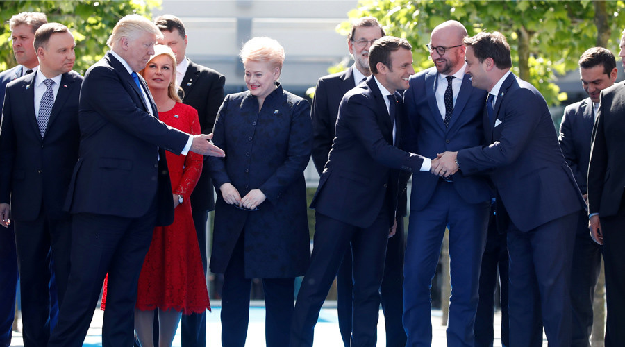 French President Macron snubs Donald Trump at the new NATO headquarters.
